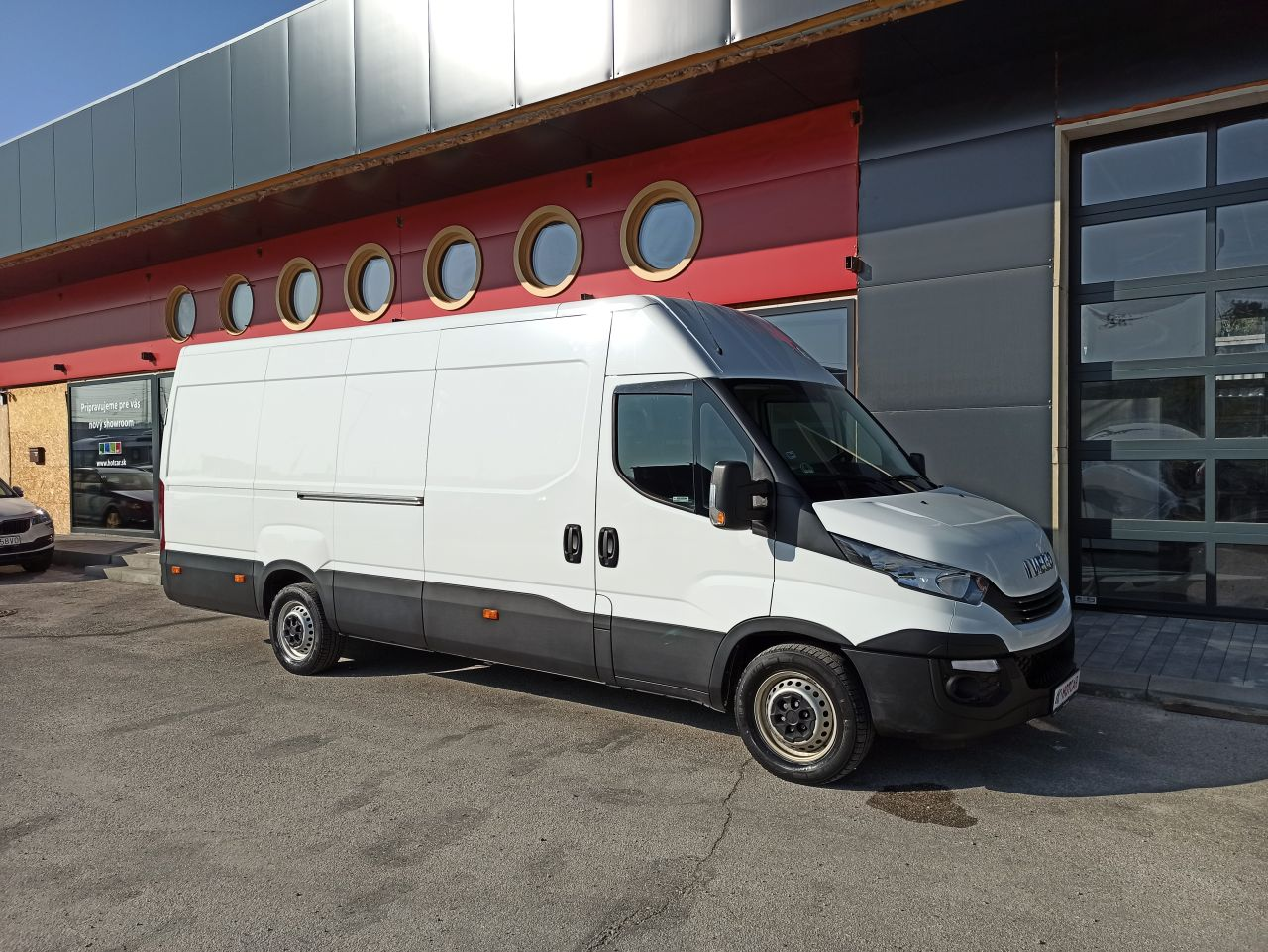 Iveco Daily 35 S 16 A8 V L 115kW 16m3